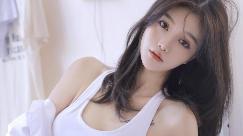 【免费】259LUXU-1371 美嘉27岁歌手