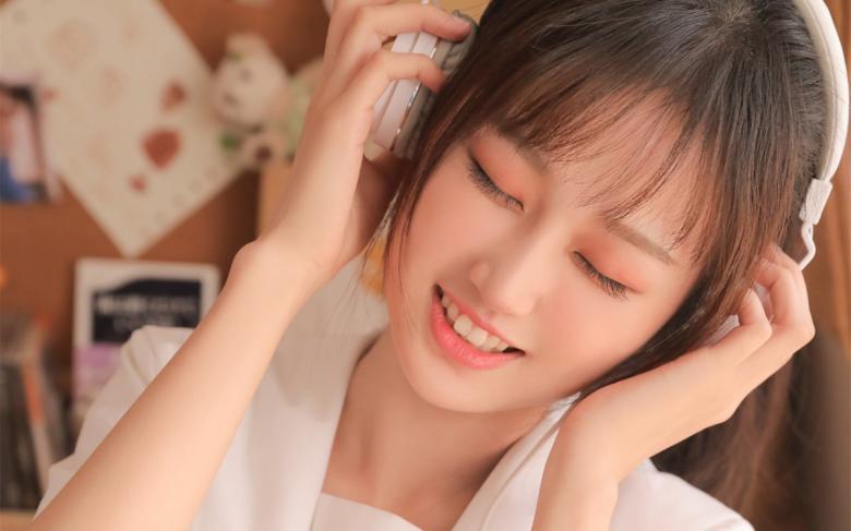 【盒子】SIRO-3999发出看起来心情舒畅的声音