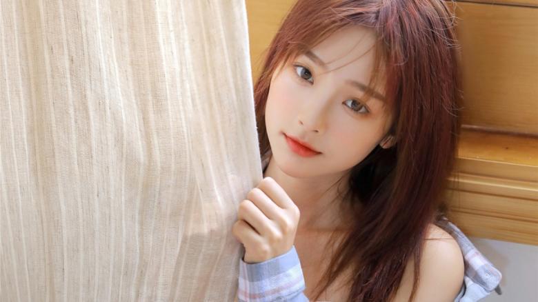 【苹果】259LUXU-1392女主是三浦友加里33岁瑜伽讲师