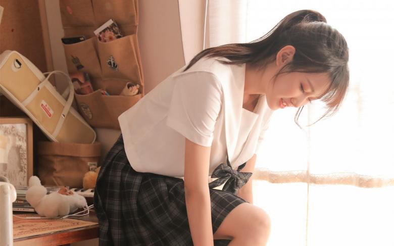 【苹果】SIRO-3932吐出气息可爱