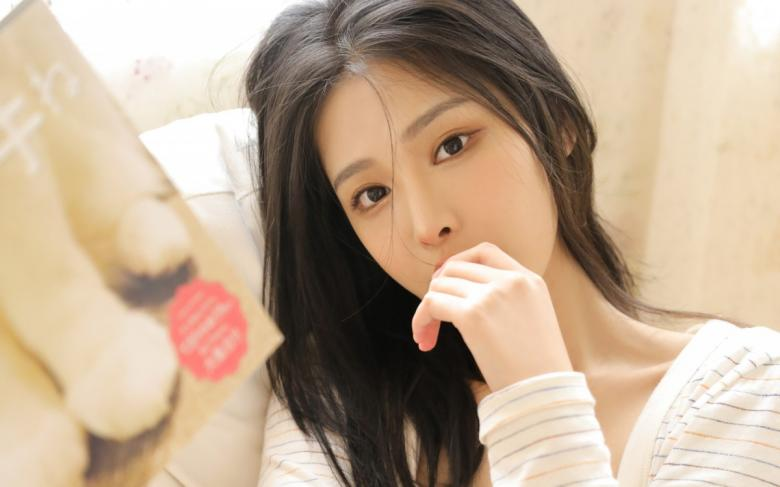 【最新】300MIUM-375询问女孩子的烦恼和人情情况