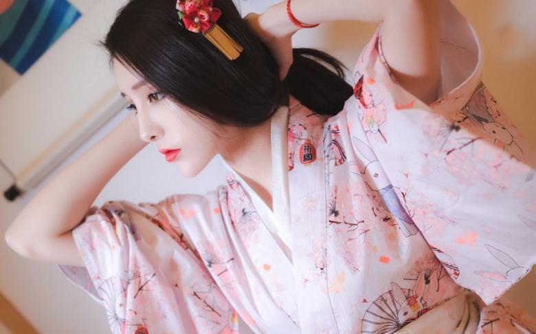 【免费】259LUXU-1044她谦虚地说美丽风格的秘诀是瑜伽