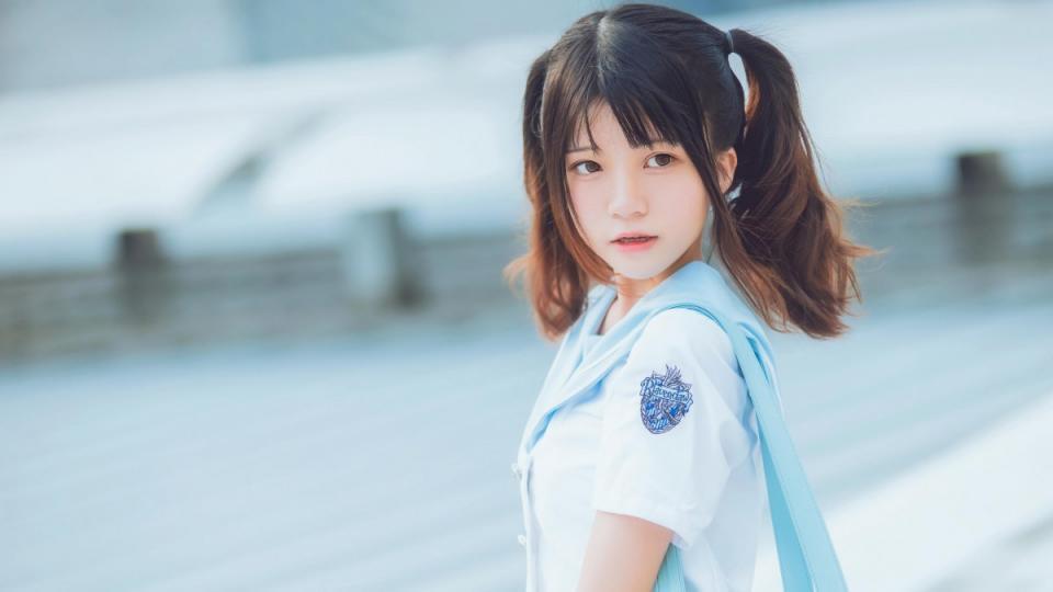 【最新】259LUXU-1243讲师大崎富美加