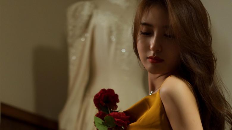 【暗号】259LUXU-426,美女音乐老师中川遥出道时间应该是蛮早