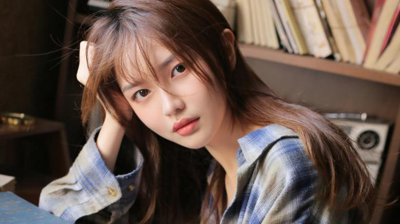 【破解】261ARA-479女主是Saeko 23岁美容师